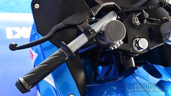Suzuki Gixxer SF race bike