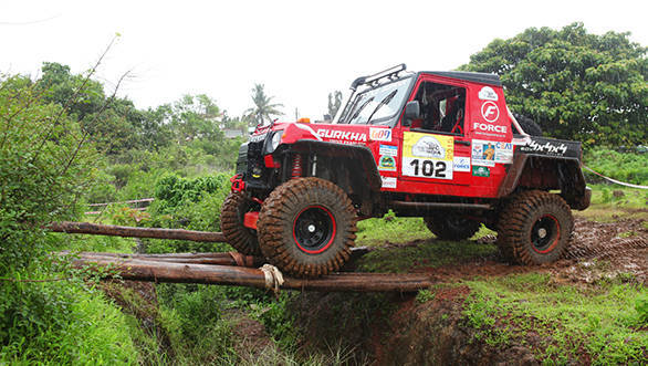 Force Motors' team at SS3 of Prologue Leg on Day 1 of Force Gurkha RFC India 2015