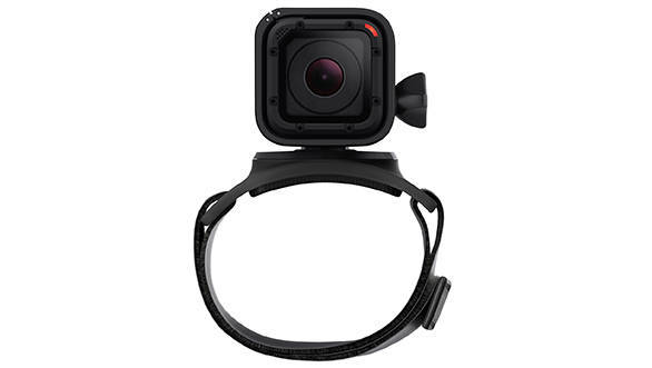 The strap mount for the new Hero4 goes well with the minimalist look and is a lot more wearable