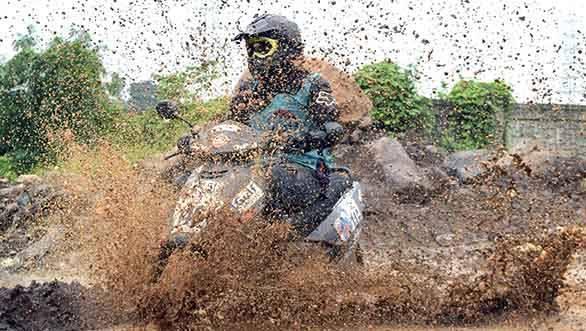 Gulf Monsoon Scooter Rally 2015 (1)