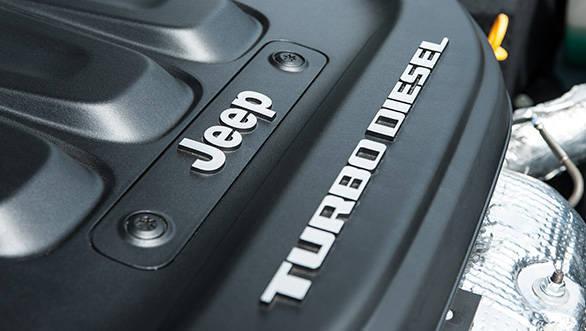 Jeep_Cherokee_diesel_engine_