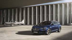 2015 Frankfurt Motor Show: Renault unveils the Talisman Estate ahead of premiere
