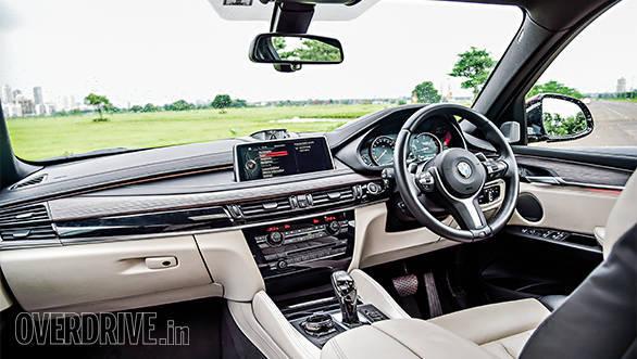 2015 BMW X6 M Sport (1)