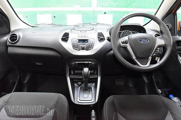 2015 Ford Figo  (10)