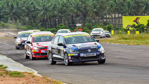 Anindith Reddy leads the pack in Race 1 in Round 2 of the Volkswagen Vento Cup 2015