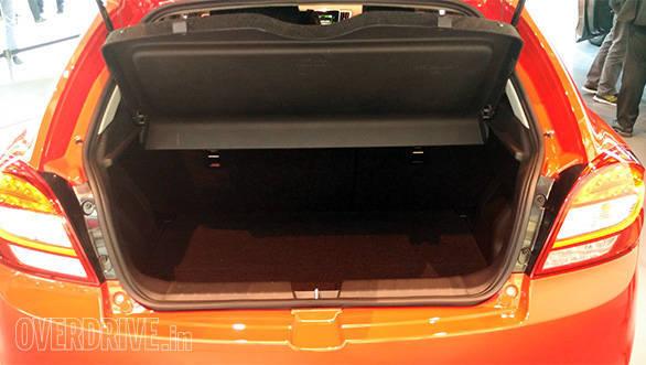 Suzuki Baleno hatchback (5)