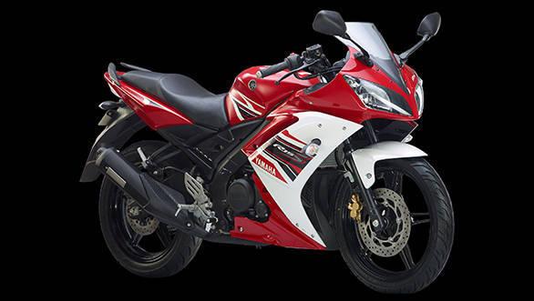 Yamaha YZF-R15 S (1)