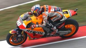 2015 MotoGP: Pedrosa wins as Rossi vs Marquez clash steals all attention at Sepang