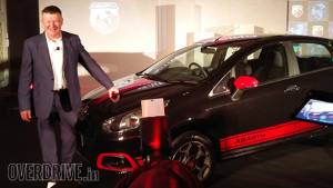 Fiat launches Abarth Punto and Abarth Avventura in India at Rs 9.95 lakh