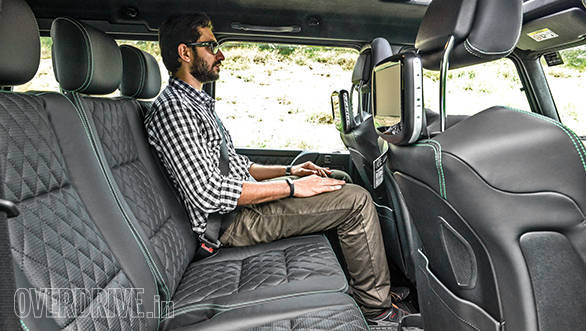 The rear kneeroom feels a bit cramped when you consider the G 63's mammoth size, but thanks to the tall and wide stance, headroom and shoulder room are more than adequate