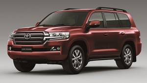 Toyota launches 2015 Land Cruiser 200 in India at Rs 1.29 crore