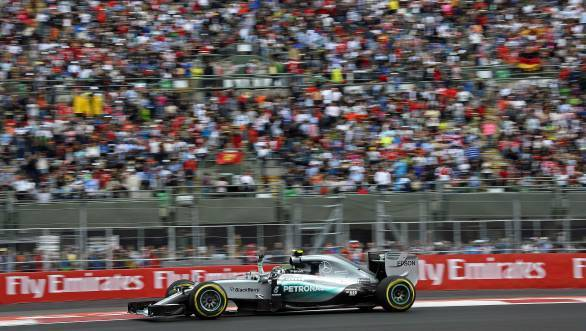 Nico Rosberg took a lights to flag win at the 2015 Mexican GP