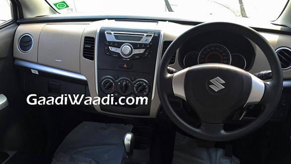 Maruti-Wagon-R-AMT-interior-spied-1024x768