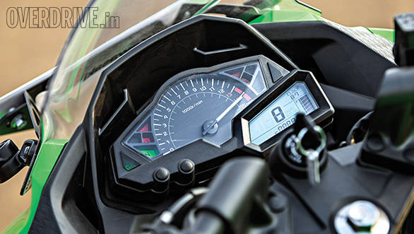Yamaha R3 vs RC390 vs Ninja 300 (8)
