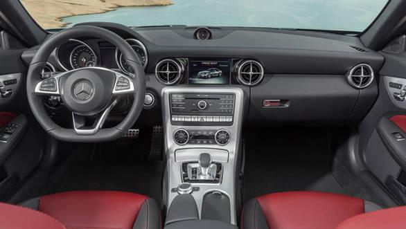 2016 Mercedes-Benz SLC300