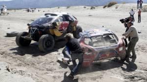 Dakar 2016: Sebastien Loeb crashes 20km before Stage 8 finish