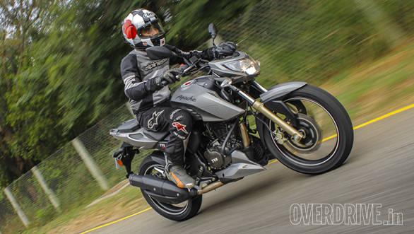 2016 TVS Apache RTR 200 (11)
