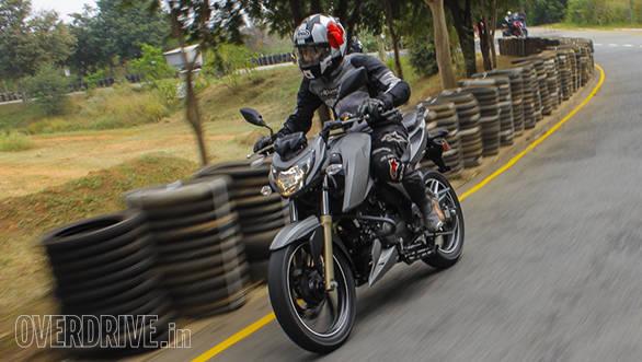 2016 TVS Apache RTR 200 (14)