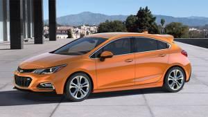 2017 Chevrolet Cruze hatchback unveiled