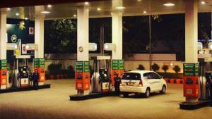 Government of India raises excise duty by Rs 1 per litre on petrol and by Rs 1.5 per litre on diesel