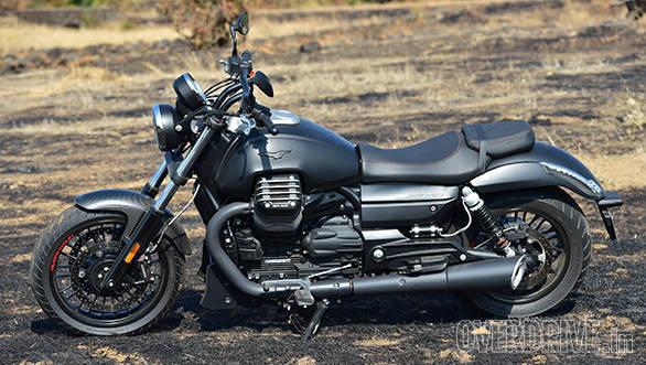 Moto Guzzi Audace (10)