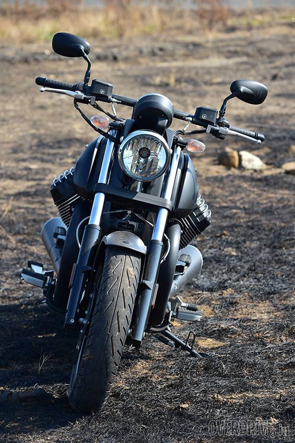 Moto Guzzi Audace (8)