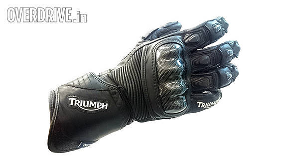The Glove looks impressive and has comprehensive finger and knuckle protection