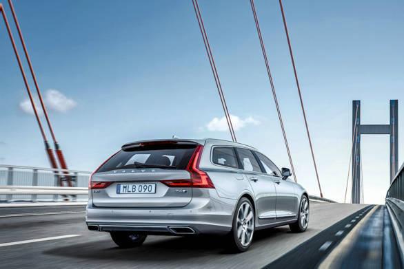 Volvo V90 Location 3/4 Rear