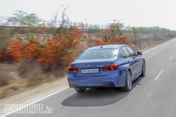 2016 BMW 3 Series (100)