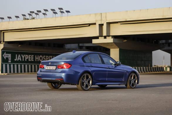 2016 BMW 3 Series (76)