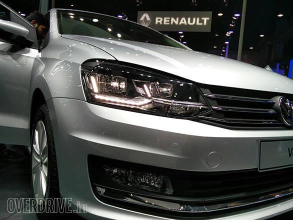 2016 Volkswagen Vento (2)