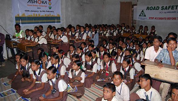 Ashoka Buildcon_School Camp_Road Safety Campaign 1