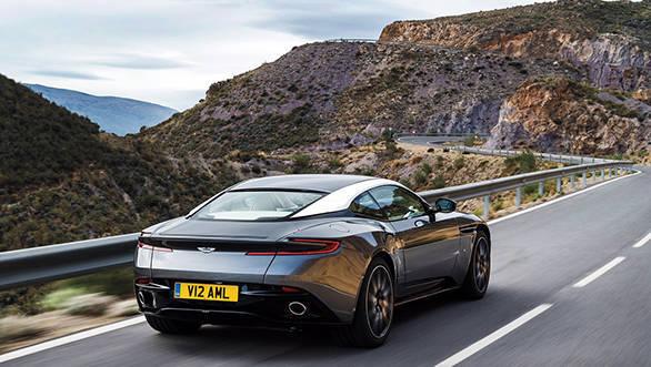 Aston-Martin-DB11_CS52