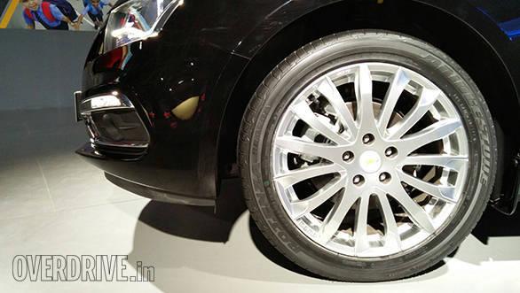 Chevrolet Cruze (2)