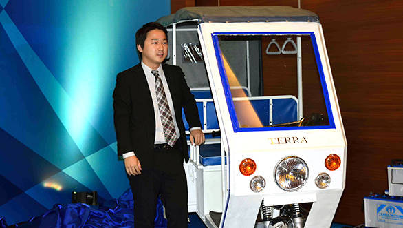 Terra Y4Alpha e-rickshaw