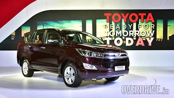 Toyota Innova Crysta (16)