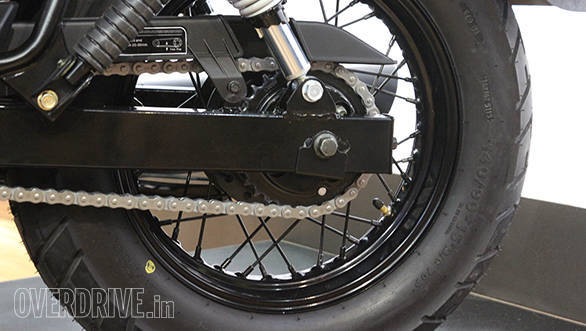 There's a single disc brake up front while the rear makes do with a drum brake.