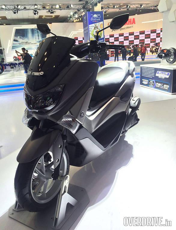 YamahaNMAX (1)