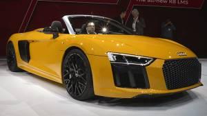 2016 New York International Auto Show: Audi R8 Spyder unveiled