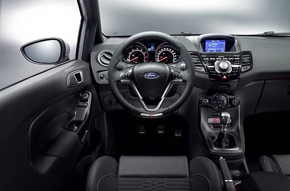 Ford Fiesta ST200 (7)