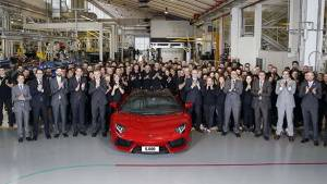 5,000th Lamborghini Aventador rolls off the production line