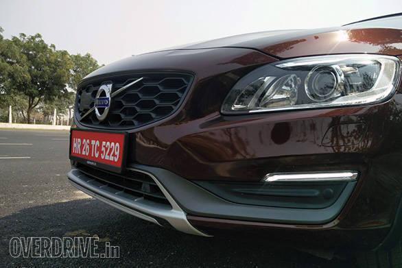 Volvo S60 Cross Country (6)