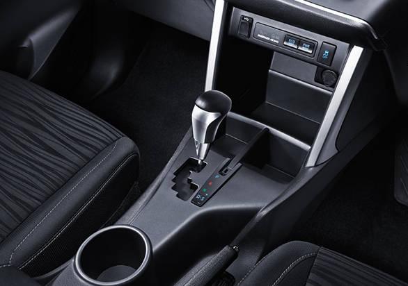 2016 Toyota Innova Crysta (3)