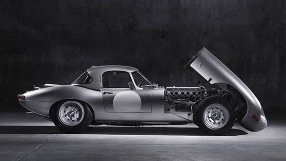 Jaguar E-type (1)