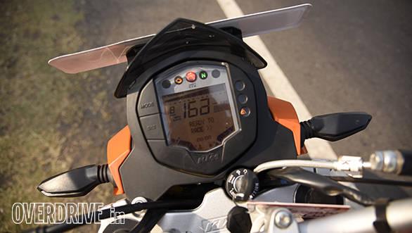 2016 KTM 200 DukeInstruments