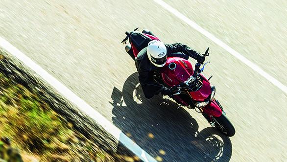 Triumph Speed Triple 2016 (11)