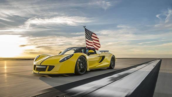 Venom GT Convertible World Record (2)