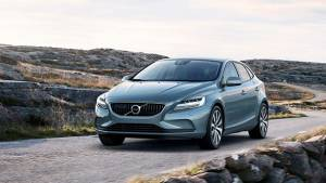 Preview: Facelifted Volvo V40 to be launched in December 2016
