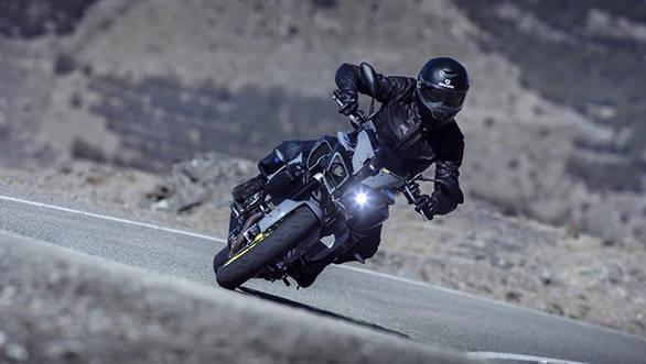 2016 Yamaha MT-10 (2)