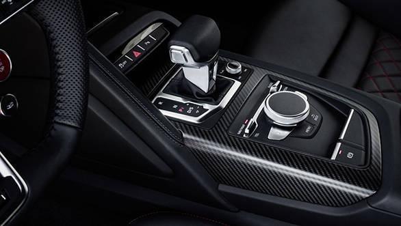 Audi R8 V10 (2)